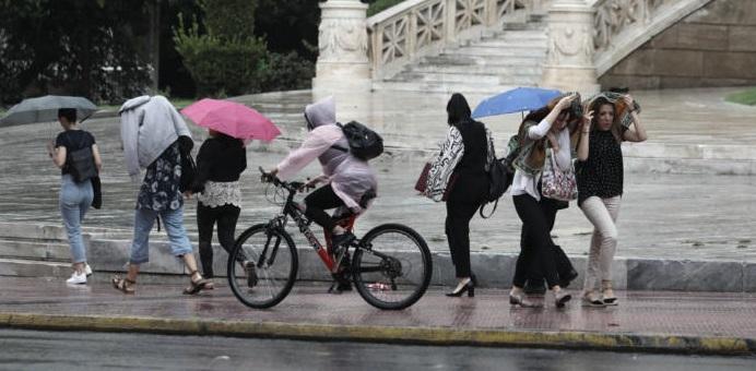 Καιρός: Αγριεύει από το απόγευμα στην Αττική με βροχές και καταιγίδες (ΧΑΡΤΗΣ)