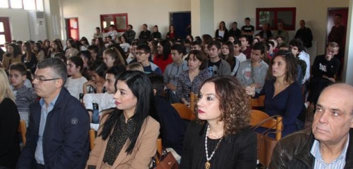 Μεσολόγγι: Τιμήθηκε ο Σπ. Μουστακλής παρουσία της κόρης του (ΦΩΤΟ)