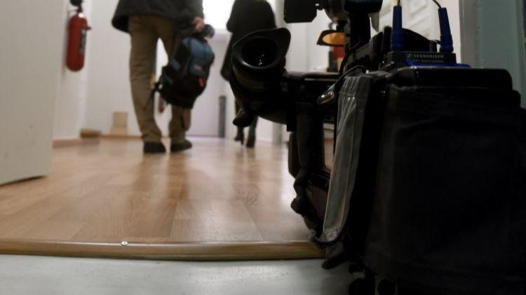 Ερωτικό σκάνδαλο στην TV: Σε διαθεσιμότητα η παρουσιάστρια – πρωταγωνίστρια