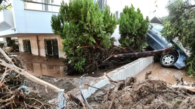 Αυτοψία στην Κινέτα: Ζημιές σε πάνω από 300 σπίτια