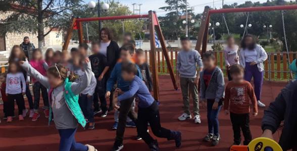 Εγκαινιάστηκε η παιδική χαρά στην πλατεία του Αγίου Νικολάου Βόνιτσας (ΔΕΙΤΕ ΦΩΤΟ)