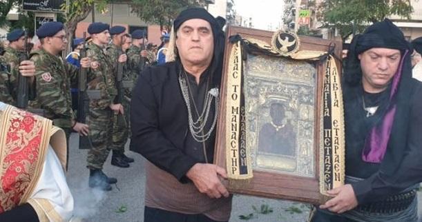 Δυτική Ελλάδα: Η Πάτρα υποδέχτηκε την εικόνα της Παναγίας Σουμελά – Πλήθος πιστών στον ναό του Αγίου Ανδρέα (VIDEO + ΦΩΤΟ)