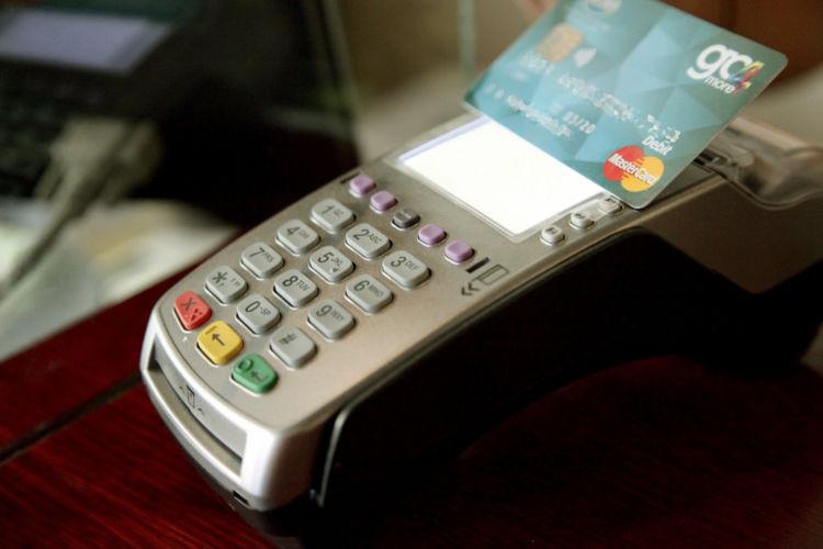 ΑΑΔΕ: Κίνητρο για ηλεκτρονικές συναλλαγές – Προσδοκία για αύξηση εσόδων