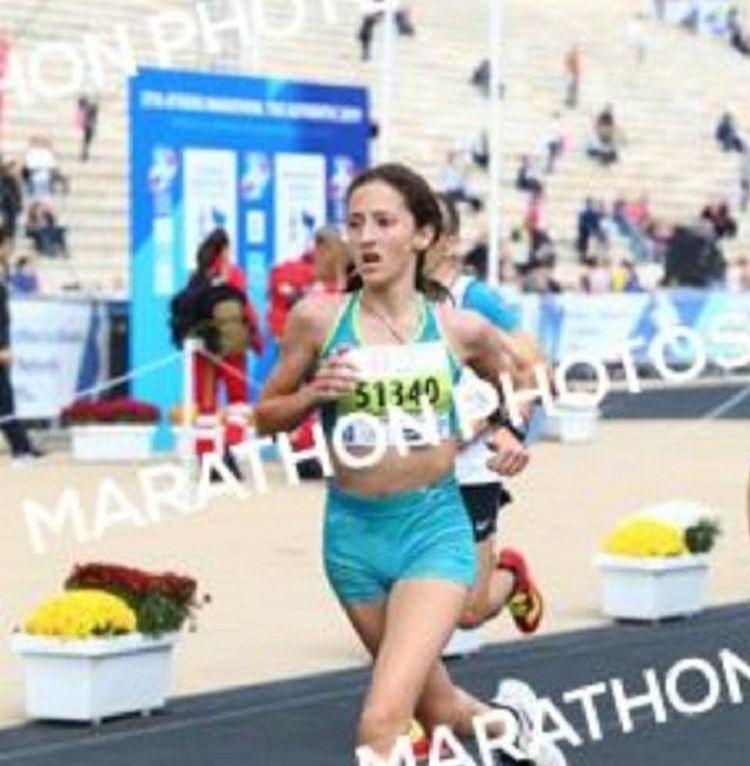 Η Χριστίνα Σκεπετάρη από το Παναιτώλιο πρώτη στην κατηγορία της, στον 37ο Αυθεντικό Μαραθώνιο Αθηνών (ΦΩΤΟ)