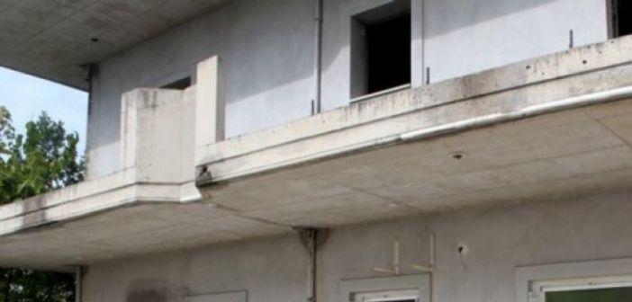 Μεσολόγγι: «Καλοκαιρινό» έγινε σπίτι στα Ταµπακαριά (ΔΕΙΤΕ ΦΩΤΟ)
