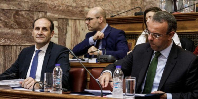 Φορολογικό: Μείωση φόρων στη μεσαία τάξη και στα χαμηλά εισοδήματα -ΣΥΡΙΖΑ: Ταξικές επιλογές
