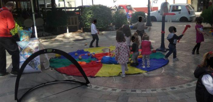 Δημόσιος θηλασμός στο Αγρίνιο (ΔΕΙΤΕ ΦΩΤΟ)