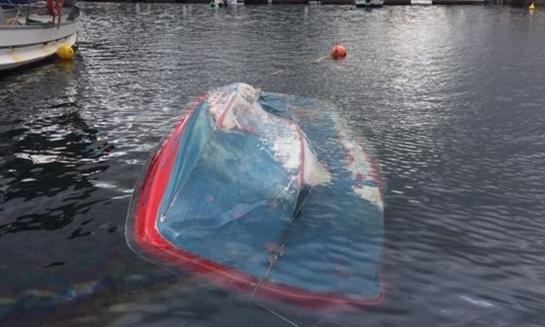 Βούλιαξαν βάρκες από την κακοκαιρία στη Μαρίνα Αμφιλοχίας (ΔΕΙΤΕ ΦΩΤΟ)