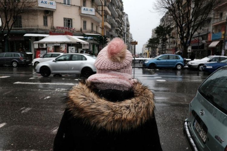 Καιρός Χριστούγεννα: Άστατος με βροχές, νεφώσεις και λίγα χιόνια