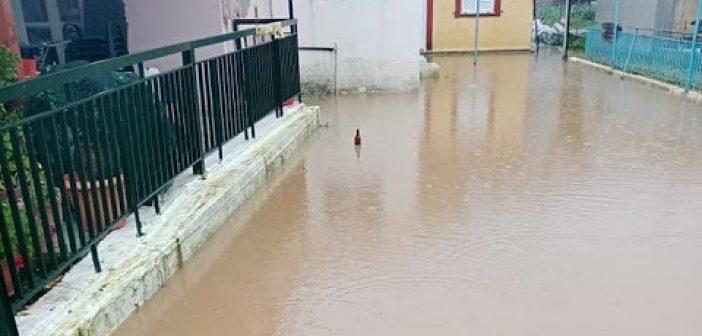 Πολλά προβλήματα από την κακοκαιρία στο Βασιλόπουλο Ξηρομέρου – Πλημμύρισαν σπίτια (ΔΕΙΤΕ ΦΩΤΟ)