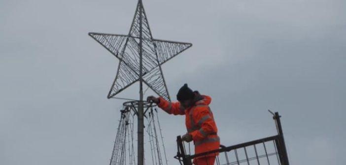 Αμφιλοχία: Αύριο η φωταγώγηση του Χριστουγεννιάτικου δέντρου (ΔΕΙΤΕ ΦΩΤΟ)