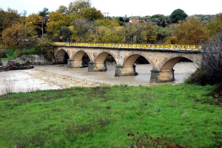 Η γέφυρα της Αβώρανης μετά την πρώτη κατεβασιά από την συντήρησή της (ΔΕΙΤΕ ΦΩΤΟ)