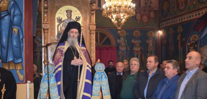 Εορτάζει ο Ι.N. του Αγίου Νικολάου στο Αντίρριο – Πλήθος κόσμου στον Εσπερινό (VIDEO + ΦΩΤΟ)