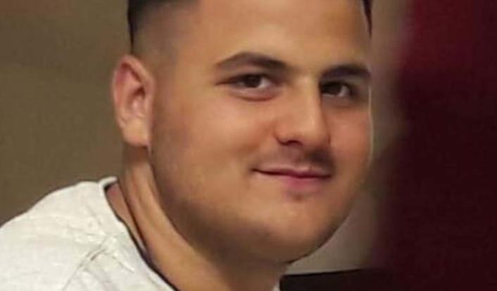 """Αγρίνιο: Το συγκινητικό """"ευχαριστώ"""" του πατέρα του 19χρονου αδικοχαμένου Κώστα Αλεξίου"""
