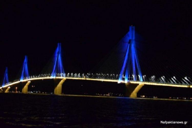 Εντυπωσιάζει η φωταγώγηση της Γέφυρας Ρίου – Αντιρρίου (ΦΩΤΟ)