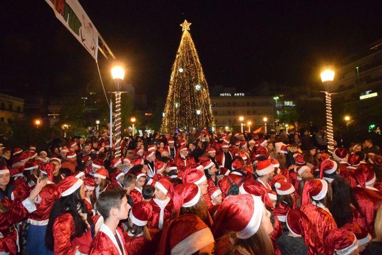 Εκατοντάδες Άγιοι Βασίληδες έτρεξαν στο «1st Agrinio Night Run & kids Santa Run» για καλό σκοπό! (ΔΕΙΤΕ ΦΩΤΟ + VIDEO)