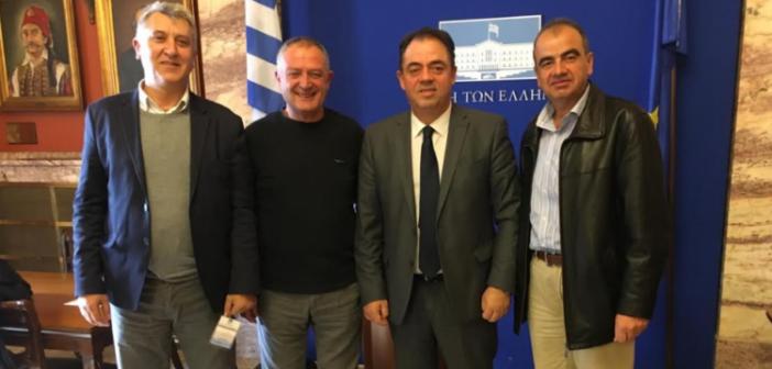 Συνάντηση εκπροσώπων της Ομοσπονδίας Μακρύνειων με τον Δημήτρη Κωνσταντόπουλο (ΔΕΙΤΕ ΦΩΤΟ)