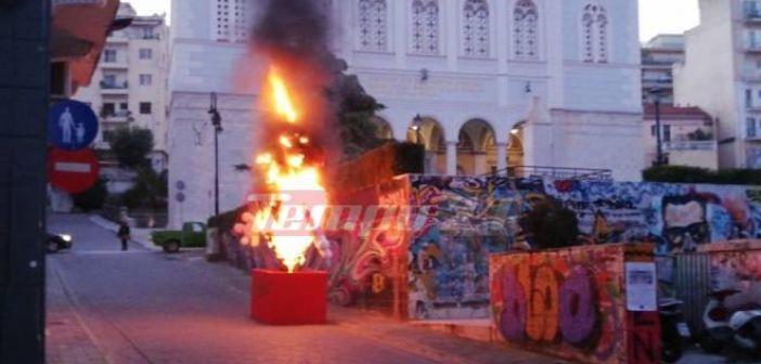 Δυτική Ελλάδα: Συνέχεια εμπρηστικών επιθέσεων στην Πάτρα σε καρναβαλικές κατασκευές (VIDEO + ΦΩΤΟ)