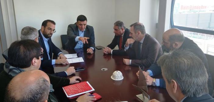 Συνάντηση Υπ. Υγείας Βασίλη Κικίλια με τον Περιφερειάρχη Ν. Φαρμάκη στα γραφεία της Περιφέρειας (ΦΩΤΟ)