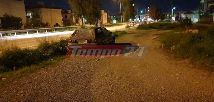 Δυτική Ελλάδα: Οικογένεια με ανήλικο παιδί έκανε σπίτι της εγκαταλελειμμένο αυτοκίνητο (ΦΩΤΟ)