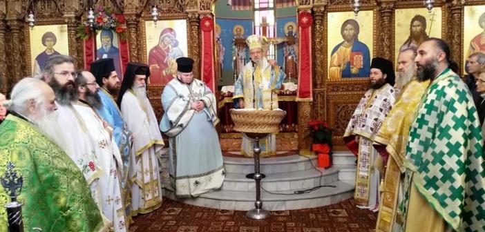 Αγρίνιο: Πανηγύρισε ο Ι.Ν. Αγίου Αντωνίου (ΦΩΤΟ)