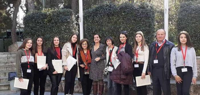 Το Γυμνάσιο Καλυβίων σε μαθητικό Συνέδριο για τον Κωστή Παλαμά (ΦΩΤΟ)