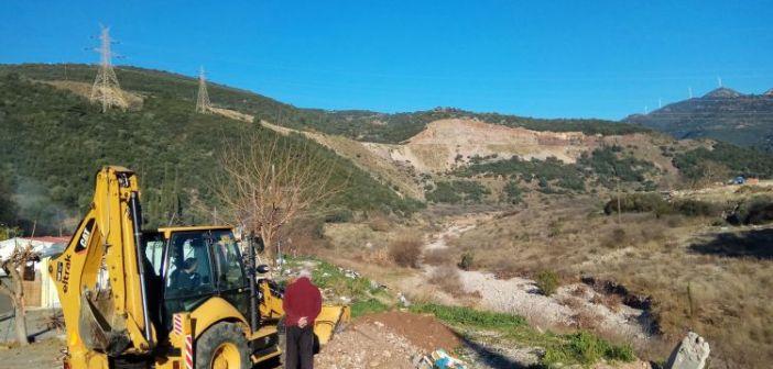 Σε καθαρισμό της περιοχής του Σκα στον οικισμό των Ρομά προχώρησε ο δήμος Ναυπακτίας (ΔΕΙΤΕ ΦΩΤΟ)