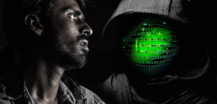 Sextortion scam: Πώς εξαπατούν & εκβιάζουν με ερωτικά βίντεο
