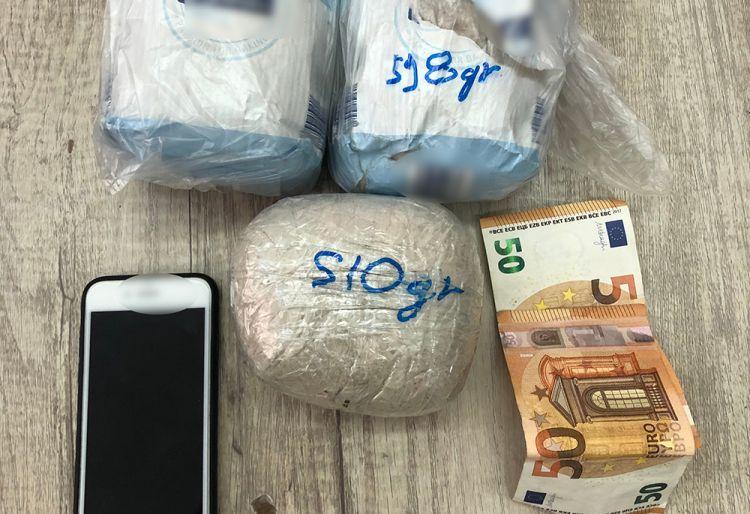 Συνελήφθησαν διακινητές ηρωίνης στο Λιμάνι της Κυλλήνης (ΦΩΤΟ)