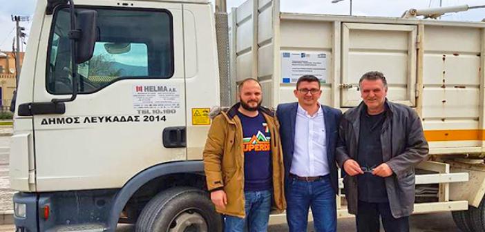 Δήμος Ξηρομέρου: Παρέλαβε τα δύο απορριμματοφόρα από τον Δήμο Λευκάδας