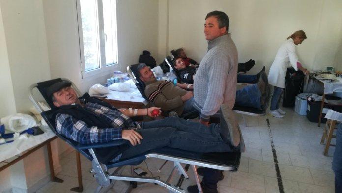 Με μεγάλη επιτυχία πραγματοποιήθηκε η εθελοντική αιμοδοσία στο Τρίκορφο Ναυπακτίας (ΦΩΤΟ + VIDEO)