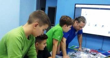Δυτική Ελλάδα – Παγκόσμια «πατέντα»: Σύστημα μηδενισμού του χρόνου αναμονής στον ανελκυστήρα, από μαθητές!