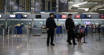 Θετικοί στον κοροναϊό πέντε Ελληνες που ήρθαν με πτήση τσάρτερ από Βρετανία