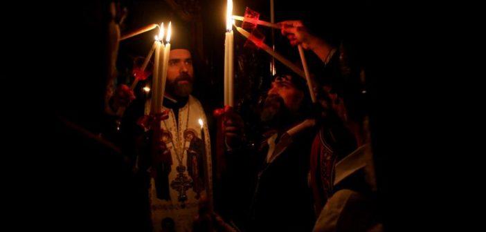 Τι θα γίνει φέτος με το Άγιο Φως λόγω κορονοϊού