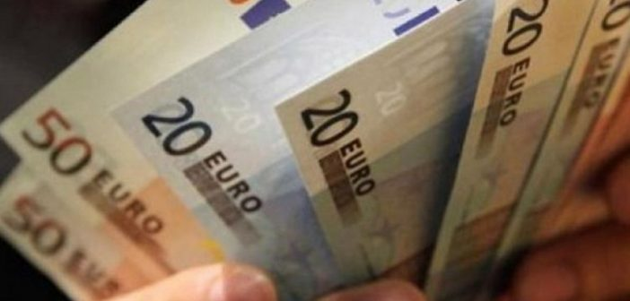 Σταϊκούρας: Εξήγγειλε νέο επίδομα 600 ευρώ – Τι είπε για μείωση μισθών στο Δημόσιο