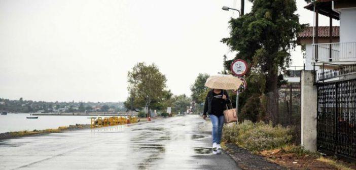 Καιρός σήμερα: Βροχές και και χιόνια!