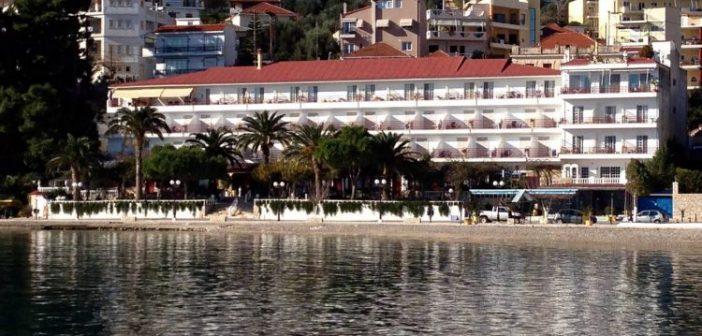 """Ξενοδοχείο στον Αστακό: """"Παρά την συμφέρουσα οικονομική πρόταση, αρνούμαστε να διαθέσουμε το ξενοδοχείο για τη φιλοξενία αλλοδαπών"""""""
