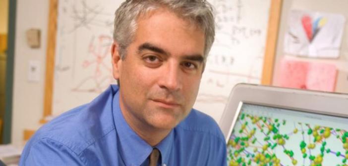 Κορωνοϊός: Έκκληση καθηγητή του Γέιλ στους Έλληνες – «Δεν θέλω να κλάψω τη Ρωμιοσύνη»