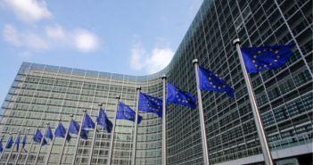 Κορωνοϊός – Κομισιόν: Ζητά παράταση ενός μήνα στην απαγόρευση μη αναγκαίων ταξιδιών προς την Ευρώπη