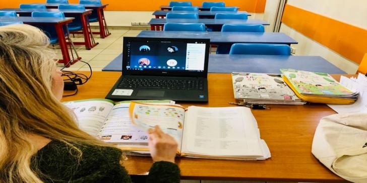 Δήμος Αγρινίου: «Στα σκαριά» λύση για τους μαθητές που δεν μπορούν να συμμετάσχουν στην εξ αποστάσεως διδασκαλία