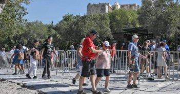 Reuters: Η Ελλάδα ανοιχτή για τους τουρίστες από 20 – 25 χώρες στις 15 Ιουνίου