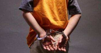 Αγρίνιο: Συνελήφθη 15χρονος – Χτύπησε 40χρονο με μεταλλικό αντικείμενο στο κεφάλι