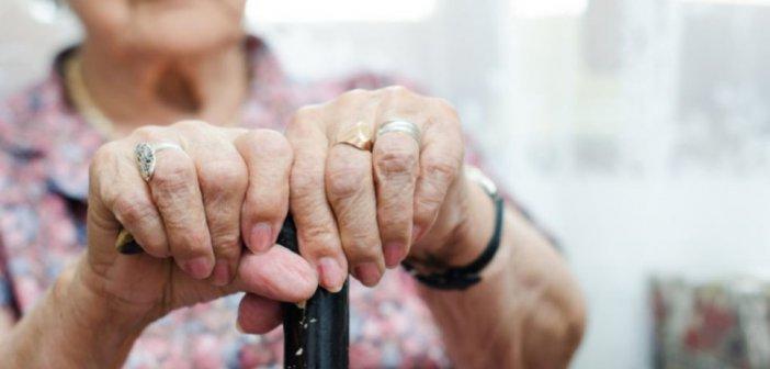 Δυτική Ελλάδα: Χτύπησε ηλικιωμένη μέσα στο σπίτι της για να αρπάξει 30 ευρώ!