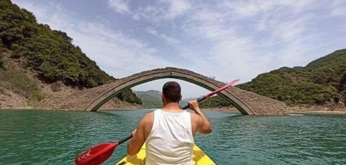 """""""Να διοργανωθούν κωπηλατικοί αγώνες στη λίμνη Κρεμαστών"""""""