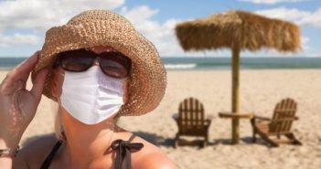 Κορωνοϊός: Πώς το καλοκαίρι μπορεί να τον… νικήσει – Τι ισχύει για θάλασσα και πισίνες
