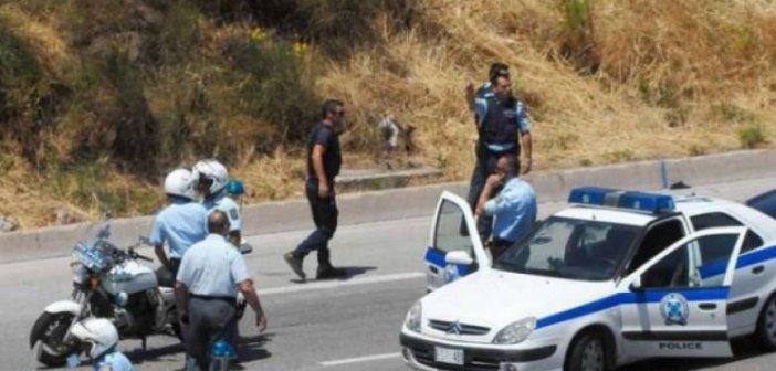 Δυτική Ελλάδα: Οι εφιαλτικές στιγμές της γυναίκας στα Σαγέικα που σώθηκε από τους κουκουλοφόρους – Της χτυπούσαν το τζάμι με το όπλο!