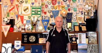Αγρίνιο: Το ποδοσφαιρικό μουσείο του Βασίλη Νικάκη, αφιέρωμα στην UEFA (ΔΕΙΤΕ ΦΩΤΟ)