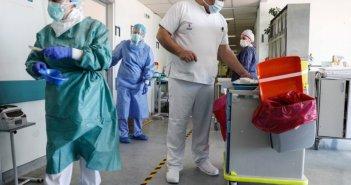 Δημιουργούνται 2.250 θέσεις ειδικευομένων νοσηλευτών