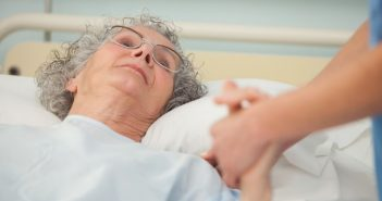 Ισπανία: 113χρονη νίκησε τον κορωνοϊό – Είχε επιβιώσει και της ισπανικής γρίπης
