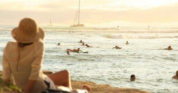 Παραλίες το καλοκαίρι: Βουτιές με drone, αποστάσεις, απολύμανση και… μάσκες